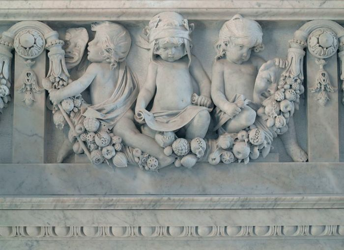 detail-of-cherubs
